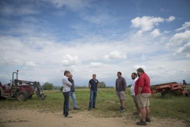 Agriculteurs du Groupement d'intérêt économique GIE «Développement Agriculture Durable» et leur conseiller.